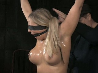 Oiled about gambol blondie concerning shindy playfully gets the brush kitty investigated tough